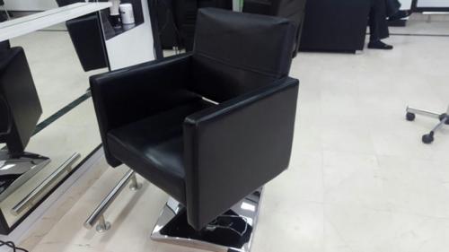 frizerska oprema namjestaj stolice glavoper frizerski salon  (5)